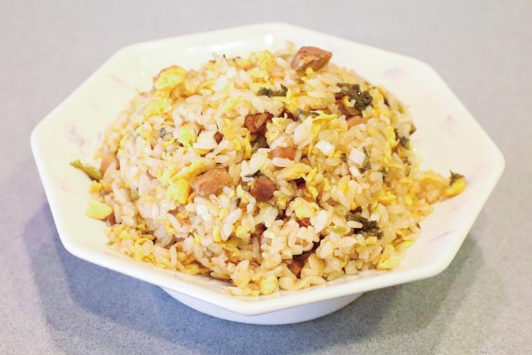 チャーシューチャーハン(雪菜入り)1